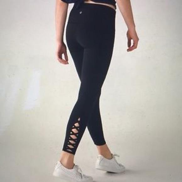 1d46d794d lululemon athletica Pants - Lululemon Size 6 Criss Cross Leggings